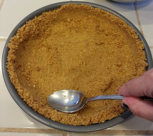 Step Three. Shape the crust.