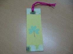 Earth Day Craft : How to make a Shamrock Bookmark for St.Patrick's Day