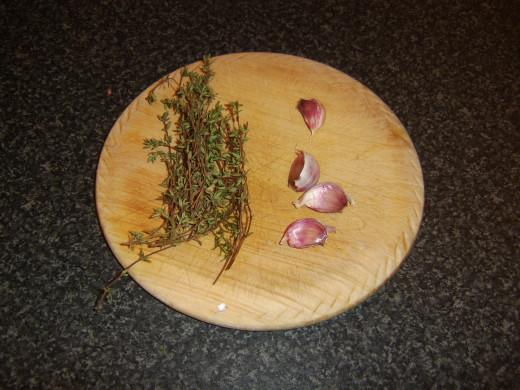 Fresh garlic and thyme