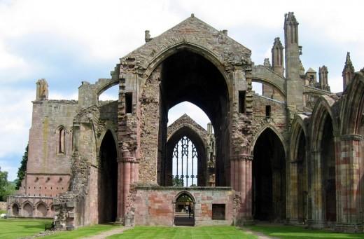 Does the spirit of Michael Scott still roam around the abbey of Melrose?