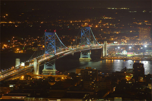 "The Benjamin Franklin Bridge is seen in the opening credits of the TV series ""It's Always Sunny in Philadelphia."""