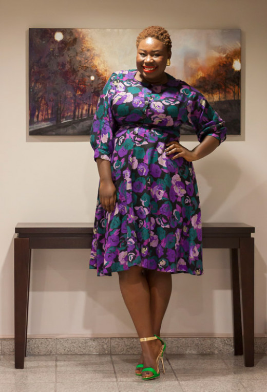 For full figured women, especially women with an apple shape, prints are flattering and they take away the attention from parts of the body such as the bust or midsection