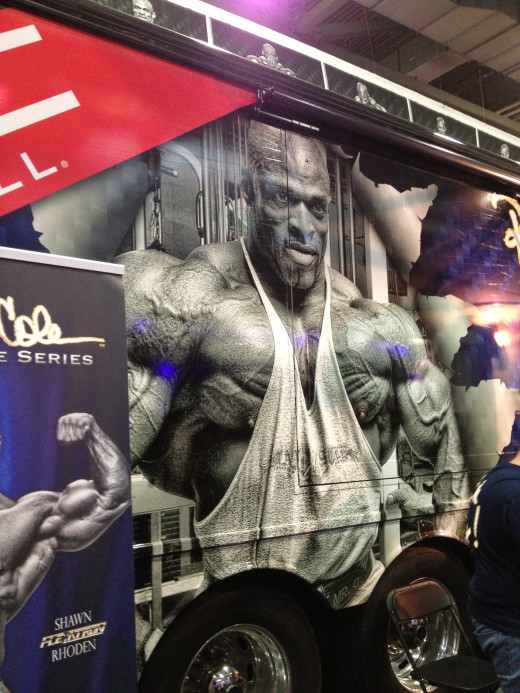 Ronnie Coleman's personal bus.
