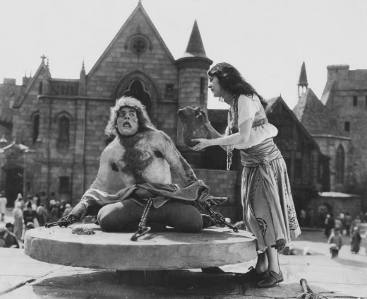 Lon Chaney and Patsy Ruth Miller in The Hunchback of Notre Dame (1923)