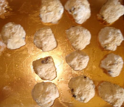 The Shaped Buns Ready to Rise: A Baker's Dozen