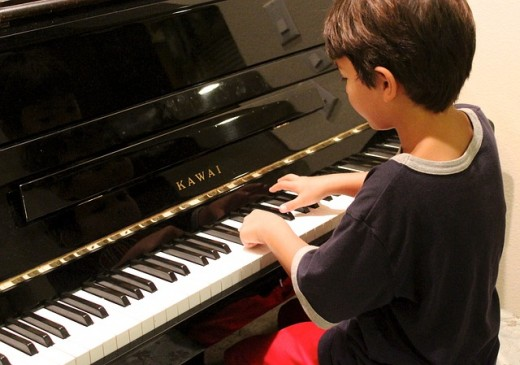 Students need to be taught how to practice the piano