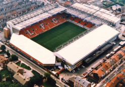 The 10 Biggest Football (Soccer) Stadiums in the United Kingdom (by capacity)