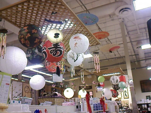 Lanterns and wind chimes! Glad I had successfully restrained myself from buying more lanterns when I saw all this.