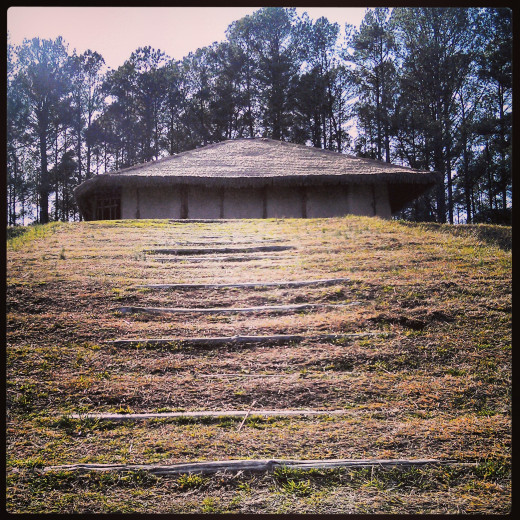 The hut atop the Town Creek Mound at the Town Creek Indian Mound site in Mt. Gilead, NC.