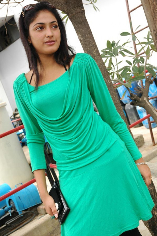 Indian Actress Haripriya