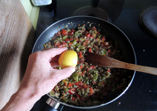 add lime juice to the pan