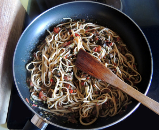 add al dente pasta, simmer an additional 5 minutes, so sauce assimilates into noodle.