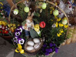 Spring flower arrangements, Easter Bunnies & Eggs are very popular Easter decorations in Switzerland.