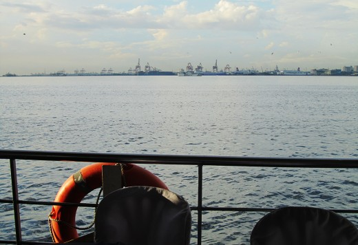 Sailing Manila Bay in Prestige Cruise!
