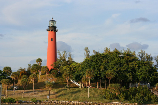 The view from Jetty's in Jupiter of the Jupiter Inlet Lighthouse.