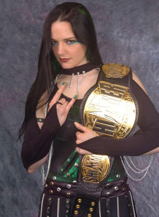 Shimmer wrestling star, MsChif