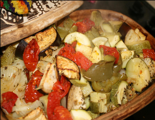 A vegetable side dish with loads of flavor may be created using a clay pot too.