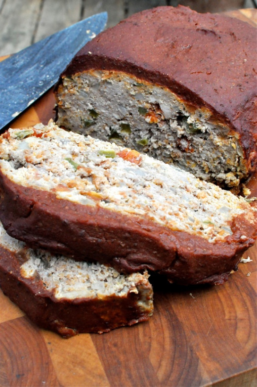 Paleo Meatloaf the entire family will enjoy!