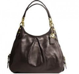 My personal fave, the large brown leather Maggie, with compartments galore!