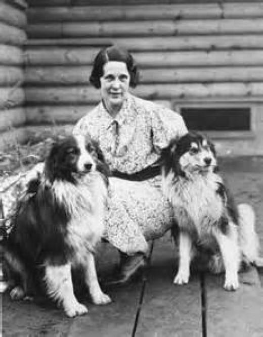 Nan Wanatka and her dogs