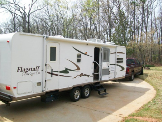 32' Flagstaff Travel Trailer