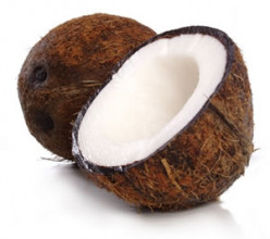 Five Ways to Use Coconut Oil in Hair Care