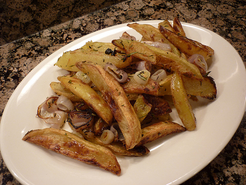 Roasted Potatoes with Shallots and Rosemary