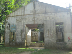 Stepping Back To 1920s Arecibo, Puerto Rico