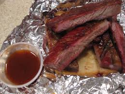 Yes you really can cook barbecue ribs in a paper bag in the oven and they come out delicious.