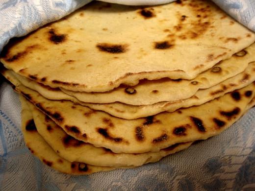 The unleavened bread cakes