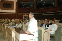 Can a Common Man attend a Legislative Assembly/Parliament in Session?