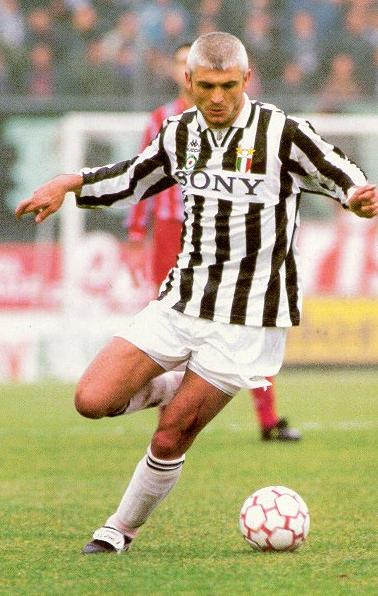 Ravinelli in action for Juventus