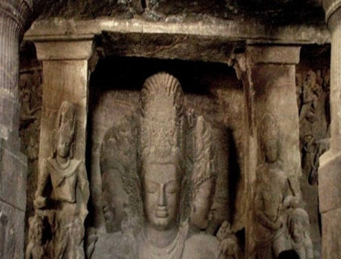 Elephanta Caves image of Trimurthi Sadashiva