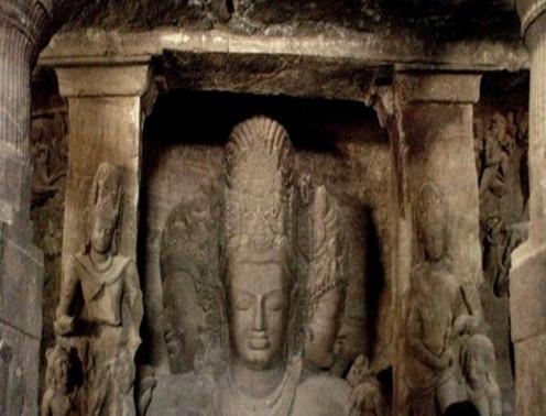 Elephanta Caves image of Trimurthi Sadashiva