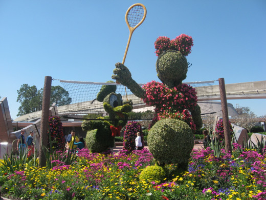 Minnie topiary