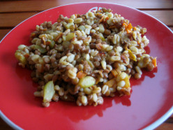 Healthy recipes: a delicious dish of lentils with tender wheat, perfect for a vegetarian diet