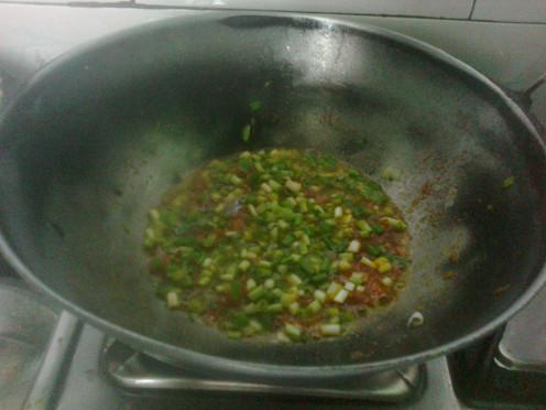 Adding Spring Onions