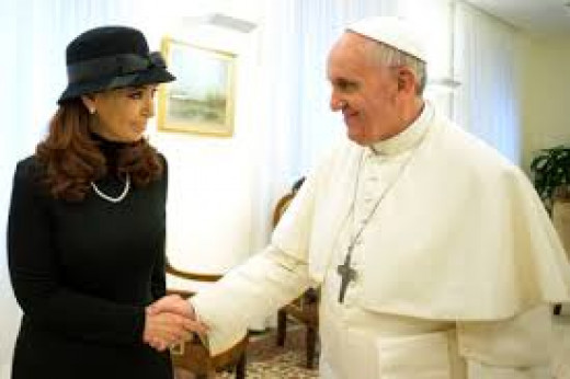 The Pope  and one of his staunchest critics  Cristina Fernández de Kirchnermeet PM of Argentina