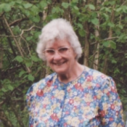 Alzheimer's disease robbed my lovely Mum of her later years and my Dad, brother and myself of the lovely lady we knew before the illness struck.
