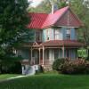 Country Home Decor: Antique Farmhouse Inspirations