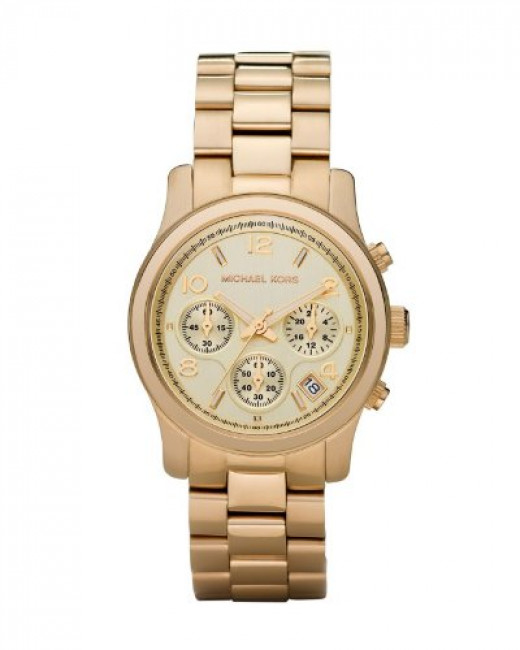 Gold dress watches normally do not come cheap, but this Michael Kors one is an exception. This Runaway model will get lots of stares and glances from admirers.