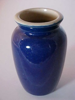 Collecting Vintage Art Pottery & Identifying Manufacturer Marks