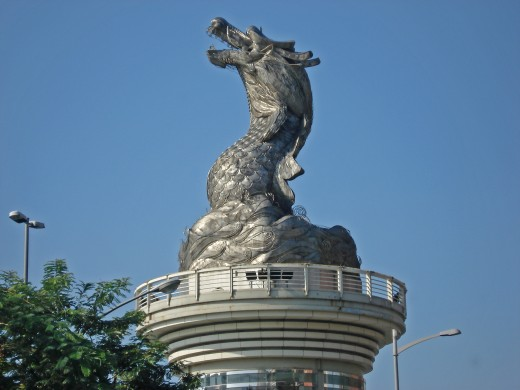 Dragon Statues can be seen all over the world.