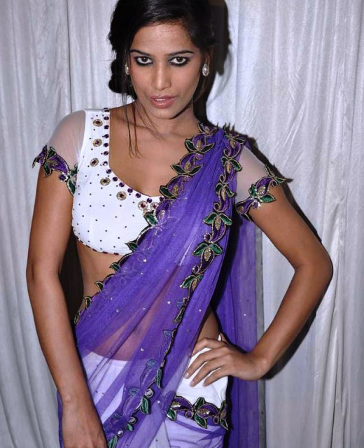 Poonam Pandey in Saree