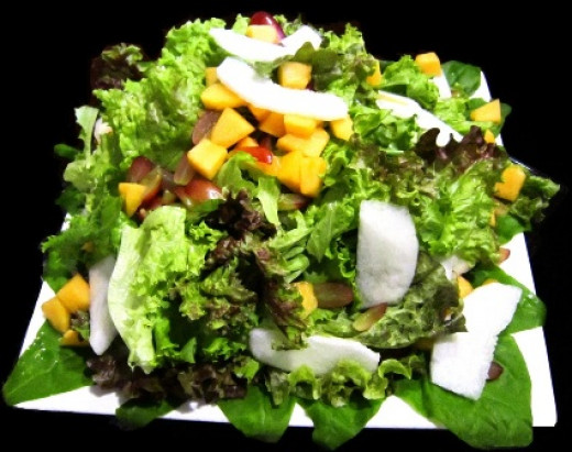 MIXED GREENS WITH HONEY-LEMON VINAIGRETTE