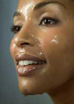 Honey, milk and aloe masks are perfect for hydrating dry skin