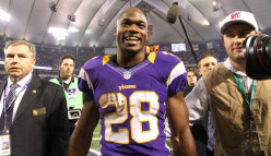 Position Series: Running Back - Three NFL Rushing Records That May Or May Not Be Broken In 2013