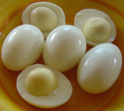 Eating Healthy : How To Hard Boil Eggs