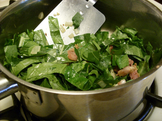Cook collard greens in the bacon grease.