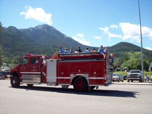 Firetruck - Backside of Turtle Mountain - 2010 Thunder in the Valley Parade